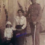 Militar y su familia (1919)